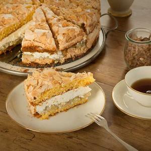 Stachelbeer-Sahne-Torte